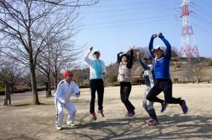 高崎のランニング練習会!皆でジャンプ!合ってな~い!