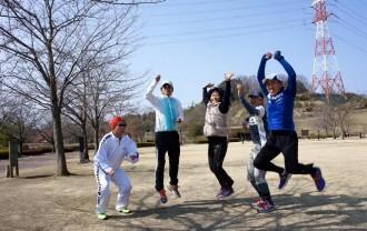 皆でジャンプ!合ってな~い!